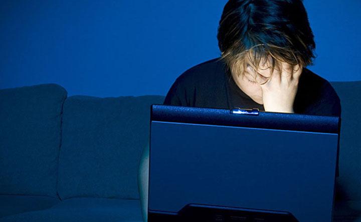Cyberbullismo: la paura dietro uno schermo