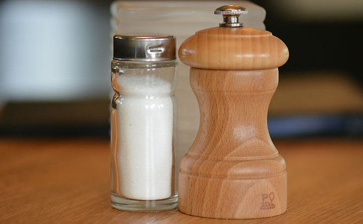 Lezioni di cucina per una dieta con meno sale