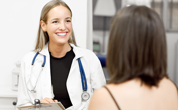 Tumori femminili: cure più efficaci con lo screening genetico e l'agopuntura