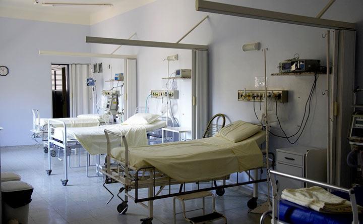 Chemioterapia in crisi: 6 farmaci su 10 autorizzati senza prove di efficacia e sicurezza